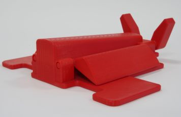 Envelope feeding aid used in commercial printing